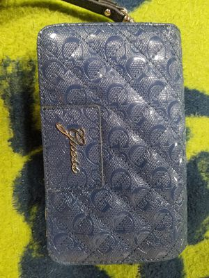 Guess wallet clean like new for Sale in Arvada, CO