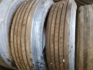 Big rig tires 285/75r24.5 for Sale in Bell Gardens, CA