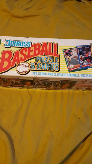 Donruss, baseball cards box for Sale in Akron, OH