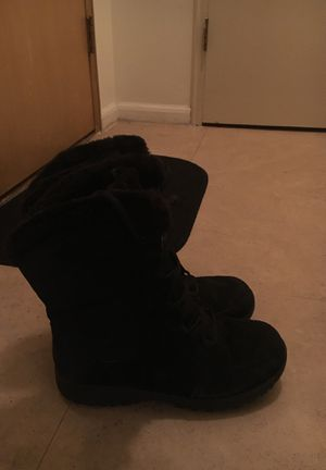 Women's Columbia Boots size 11 for Sale in Detroit, MI