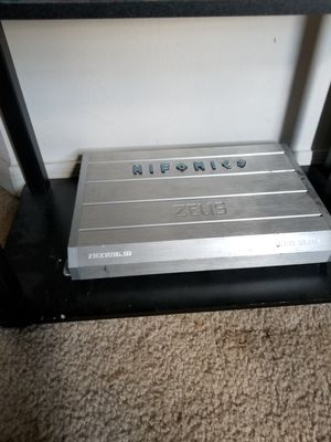 Hifonic 1800 Watt Class D Amplifier for Sale in Port St. Lucie, FL