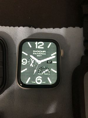 Apple Watch Series 4 44mm GPS & Cell for Sale in Lansdowne, VA