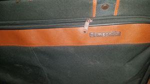 Samsonite Suitcase for Sale in Abilene, TX