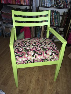 Reclaimed & Refinished Antique Retro Chair for Sale in San Tan Valley, AZ