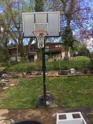 Basketball hoop for Sale in Baltimore, MD