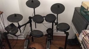 Alesis electronic drum set nitro for Sale in New York, NY