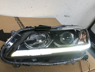 2016 - 2017 HONDA ACCORD SPORT HEADLIGHTS LED OEM for Sale in Los Angeles,  CA