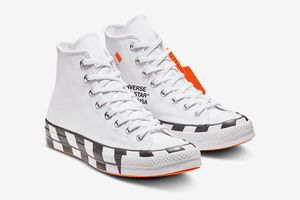 BUYING OFF WHITE CONVERSE SIZES 9.5-10 for Sale in Oakton, VA