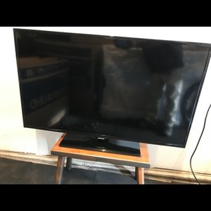 "47"" Samsung Flat Screen for Sale in Franklin Township, NJ"