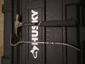 Huskey Hammer/ Hart Pry Bar for Sale in Sioux Falls, SD