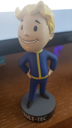 Fallout lootcrate exclusive fallout 4 vault boy bobble head for Sale in Portland, OR