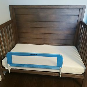 Graco Crib (Can Be Converted Into Full Size Bed) for Sale in Fremont, CA