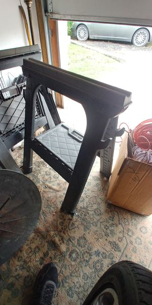 Horse stand for Sale in Northbrook, IL