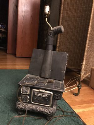 Vintage wood burning stove lamp for Sale in St. Louis, MO