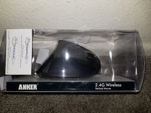 ANKER VERTICAL MOUSE .WIRELESS. BLACK (NEW) for Sale in Taylorsville, UT