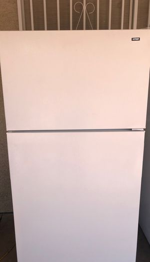 Hotpoint refrigerator for Sale in Las Vegas, NV