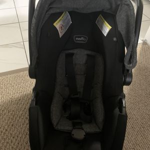 Car Seat (Graco) for Sale in Worcester, MA