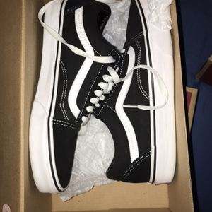2 Pairs Of Vans for Sale in Miami, FL