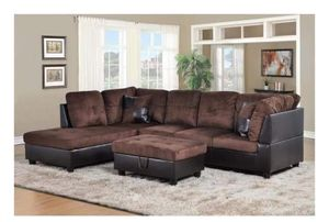 Sectional no ottoman included has small knick on back bottom for Sale in Fort Worth, TX
