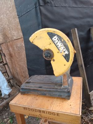 DeWalt chop saw and table for Sale in Chattanooga, TN
