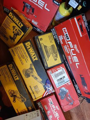 Dewalt XR / Milwaukee FUEL 18 & 20 Volt Lithium Ion Power Tools for Sale in Seattle, WA