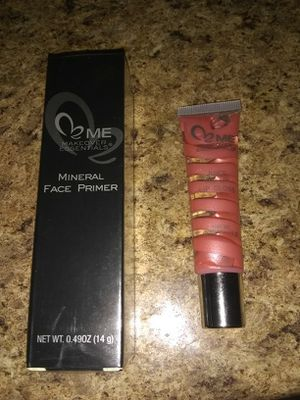 Mineral face primer & lip gloss for Sale in Pittsburgh, PA