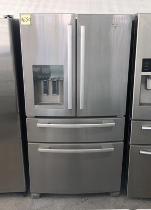 Comes with free 6 Months Warranty-25 cu. ft. Four door stainless steel refrigerator Whirlpool for Sale in Detroit, MI