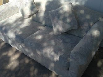 Pull Out Couch In Amazing Condition for Sale in Phoenix,  AZ