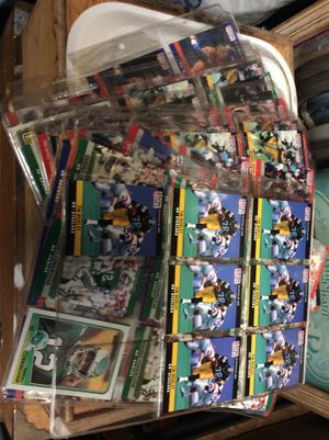 Big lot of football cards… All in plastic card holders for Sale in Garden Grove, CA