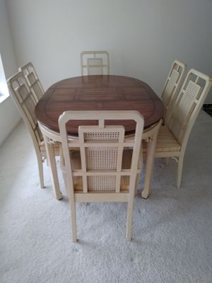 Dining Table, 6 Chairs and Table Pad for Sale in Royal Palm Beach, FL