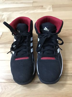 Adidas basketball shoes, boys size 6 for Sale in Auburn, WA