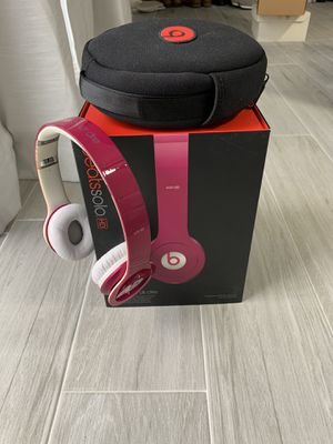 Beats solo HD wired headphones for Sale in Palm Springs, FL