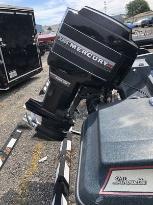 150 HP Mercury Black Max XR4 Outboard Motor ***For Parts Only*** for Sale in Macomb, MI