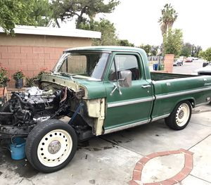 """18"""" wheels steel ford 5x4.5 for Sale in Los Angeles, CA"""