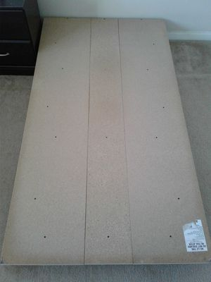 Twin platform bed for Sale in Alpharetta, GA