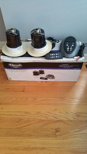 Klipsch Wireless Speakers Led Light Model LS 5 , 2 , 2 for Sale in Chicago, IL