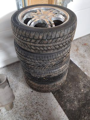 Halo chrome 225/45/17 rims 5 x 114.3 for Sale in Dundalk, MD