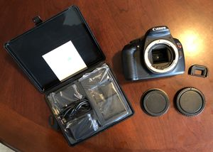 Canon EOS Rebel T5 DSLR Digital Camera with 2 batteries & Charger for Sale in San Antonio, TX