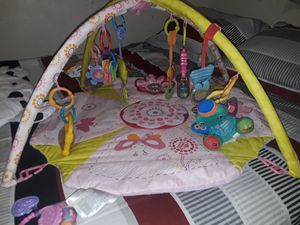 Baby play mat with toys for Sale in Las Vegas, NV
