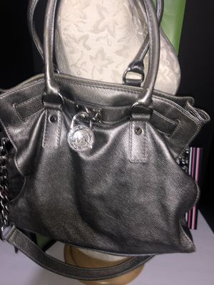 Metallic silver Michael Kors Purse Very Nice for Sale in Dublin, OH
