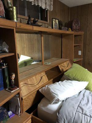 Queen bed for Sale in Spokane, WA