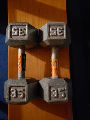 35 lbs dumbbells for Sale in Santa Ana, CA