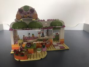 Lego friends juice shop for Sale in Tacoma, WA