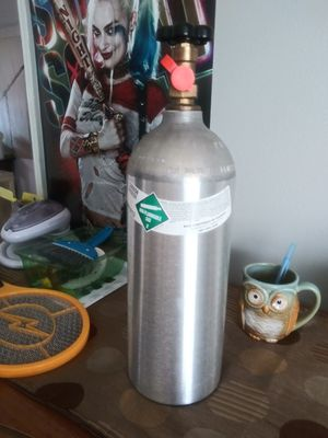 Co2 full tank for Sale in Kissimmee, FL