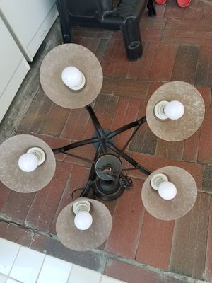 Dinning chandelier lamp in good condition for Sale in Corona, CA