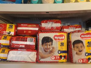 HUGGIES SNUG & DRY DIAPERS $11/2 for Sale in Wauchula, FL