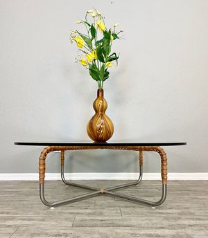 "Vintage mid century modern retro minimalist rattan wrapped Crome glass top coffee table 48"" diameter x H 16"" for Sale in Cape Coral, FL"