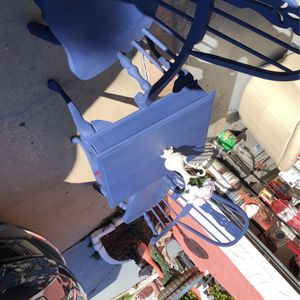 Chairs And Table for Sale in Port Richey, FL