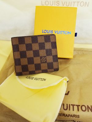 Leather lv wallet for Sale in Fresno, CA