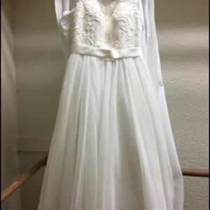 Wedding dress for Sale in Marble Falls, TX